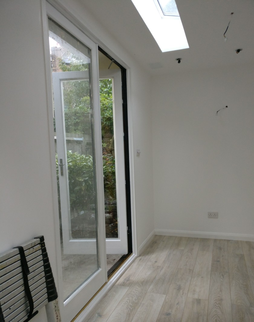 Garden Studio Interior_white walls_white oak laminate flooring